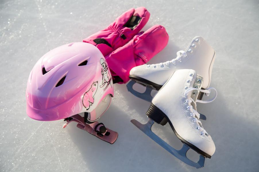 Bild 38 | Helm schützt - auch beim Eislaufen