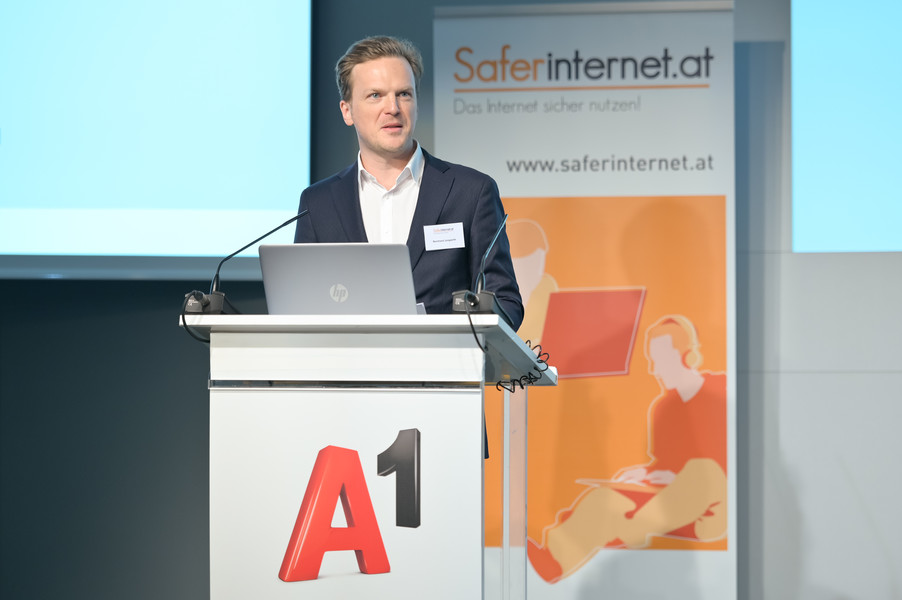 Bild 35   Safer Internet – Aufwachsen in der digitalen Welt