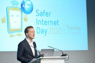 Bild 37   Safer Internet – Aufwachsen in der digitalen Welt