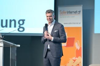 Bild 42   Safer Internet – Aufwachsen in der digitalen Welt