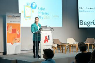 Bild 49   Safer Internet – Aufwachsen in der digitalen Welt