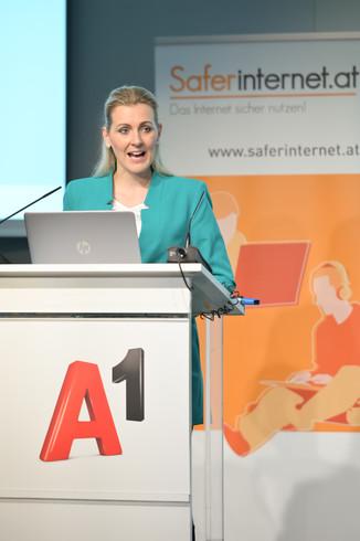 Bild 55   Safer Internet – Aufwachsen in der digitalen Welt
