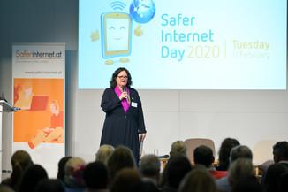 Bild 58   Safer Internet – Aufwachsen in der digitalen Welt