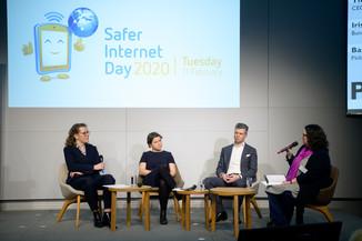 Bild 73   Safer Internet – Aufwachsen in der digitalen Welt