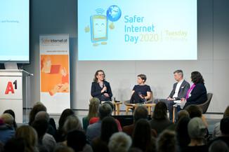 Bild 75   Safer Internet – Aufwachsen in der digitalen Welt