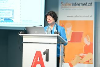Bild 94   Safer Internet – Aufwachsen in der digitalen Welt