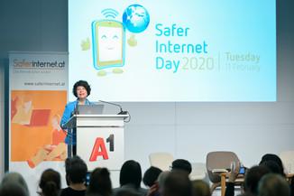 Bild 96   Safer Internet – Aufwachsen in der digitalen Welt