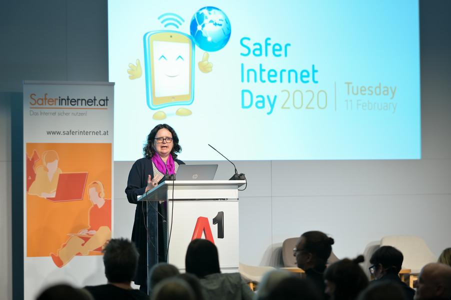 Bild 116   Safer Internet – Aufwachsen in der digitalen Welt