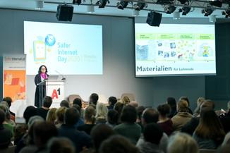 Bild 117   Safer Internet – Aufwachsen in der digitalen Welt