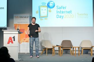 Bild 124   Safer Internet – Aufwachsen in der digitalen Welt