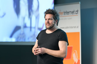 Bild 127   Safer Internet – Aufwachsen in der digitalen Welt
