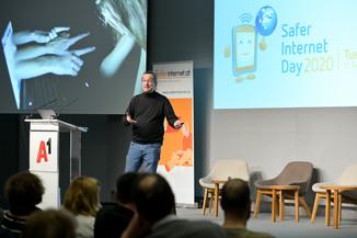 Bild 135   Safer Internet – Aufwachsen in der digitalen Welt