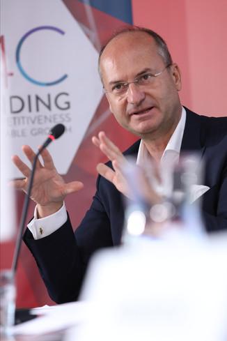 Bild 8 | EBI-STUDIE: So wertvoll und nachhaltig sind Österreichs Markenunternehmen: 1.Red Bull, ...