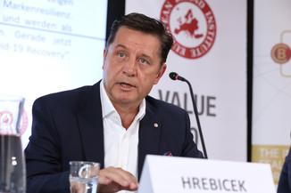 Bild 9 | EBI-STUDIE: So wertvoll und nachhaltig sind Österreichs Markenunternehmen: 1.Red Bull, ...