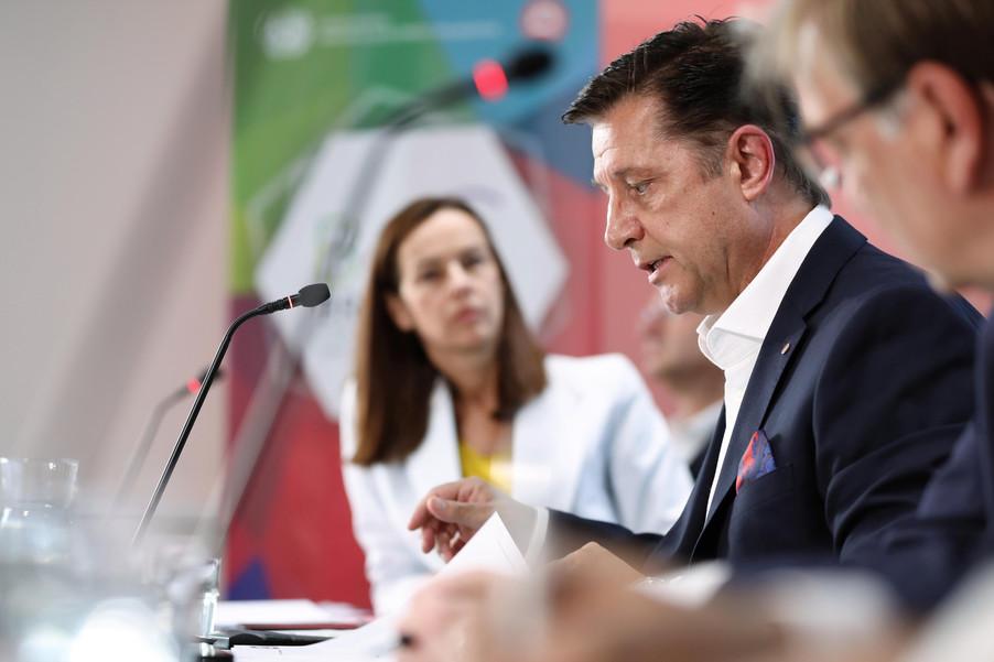 Bild 17 | EBI-STUDIE: So wertvoll und nachhaltig sind Österreichs Markenunternehmen: 1.Red Bull, ...