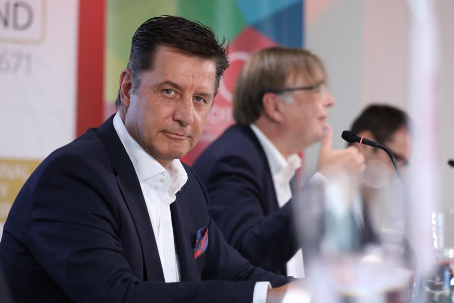 Bild 33 | EBI-STUDIE: So wertvoll und nachhaltig sind Österreichs Markenunternehmen: 1.Red Bull, ...