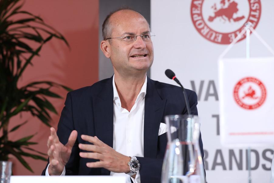 Bild 36 | EBI-STUDIE: So wertvoll und nachhaltig sind Österreichs Markenunternehmen: 1.Red Bull, ...