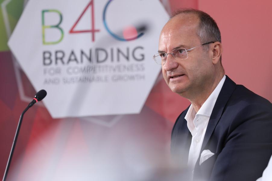 Bild 37 | EBI-STUDIE: So wertvoll und nachhaltig sind Österreichs Markenunternehmen: 1.Red Bull, ...