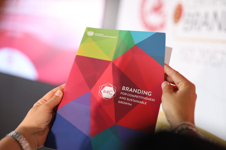 Bild 39 | EBI-STUDIE: So wertvoll und nachhaltig sind Österreichs Markenunternehmen: 1.Red Bull, ...