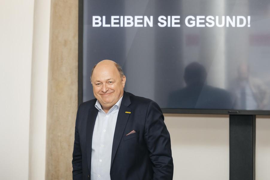 Bild 12   PALFINGER AG Halbjahres Pressekonferenz 2020