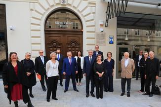 Bild 2 | Kulturstadträtin Veronica Kaup-Hasler / Jeanne Wolff Bernstein, Beiratsvorsitzende der Sigmund ...