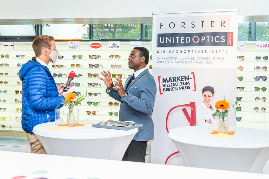 Bild 12   Auftakt der Aktion Brillensammlung für Afrika