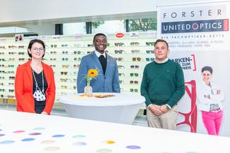 Bild 1   Auftakt der Aktion Brillensammlung für Afrika