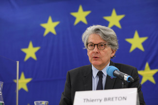 Bild 4 | Pressegespräch mit EU-Kommissar Breton zur Impfstoffstrategie