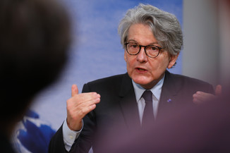 Bild 16 | Pressegespräch mit EU-Kommissar Breton zur Impfstoffstrategie