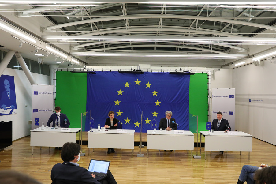 Bild 30 | Pressegespräch mit EU-Kommissar Breton zur Impfstoffstrategie