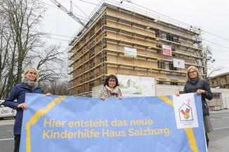 Bild 20   SALZBURG - 2021-04-20: Gleichenfeier für neues Ronald McDonald Kinderhilfe Haus in Salzburg ...