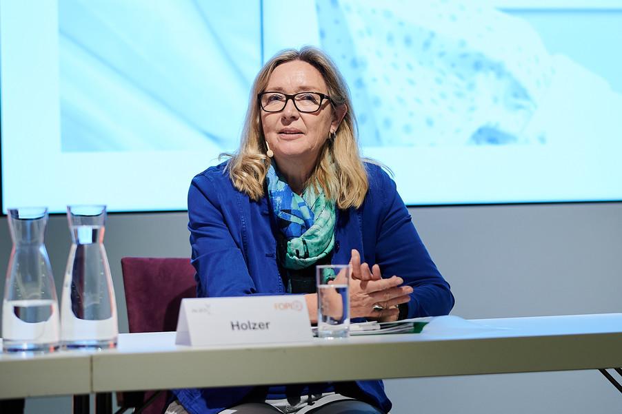 """Bild 12   Presse-Round-Table """"Arzneimittel-Innovationen 2020"""""""
