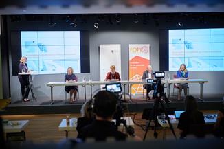 """Bild 1   Presse-Round-Table """"Arzneimittel-Innovationen 2020"""""""