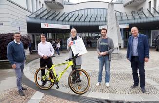 Bild 2   Schüler der BG BRG Mössinger gewinnt 1. Platz bei österreichweitem Zeichenwettbewerb