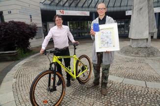 Bild 15   Schüler der BG BRG Mössinger gewinnt 1. Platz bei österreichweitem Zeichenwettbewerb