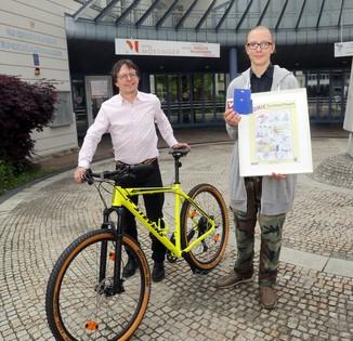 Bild 17   Schüler der BG BRG Mössinger gewinnt 1. Platz bei österreichweitem Zeichenwettbewerb