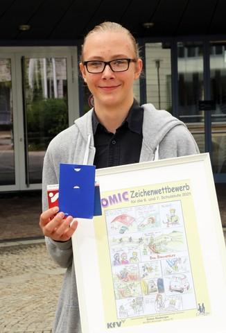 Bild 9   Schüler der BG BRG Mössinger gewinnt 1. Platz bei österreichweitem Zeichenwettbewerb