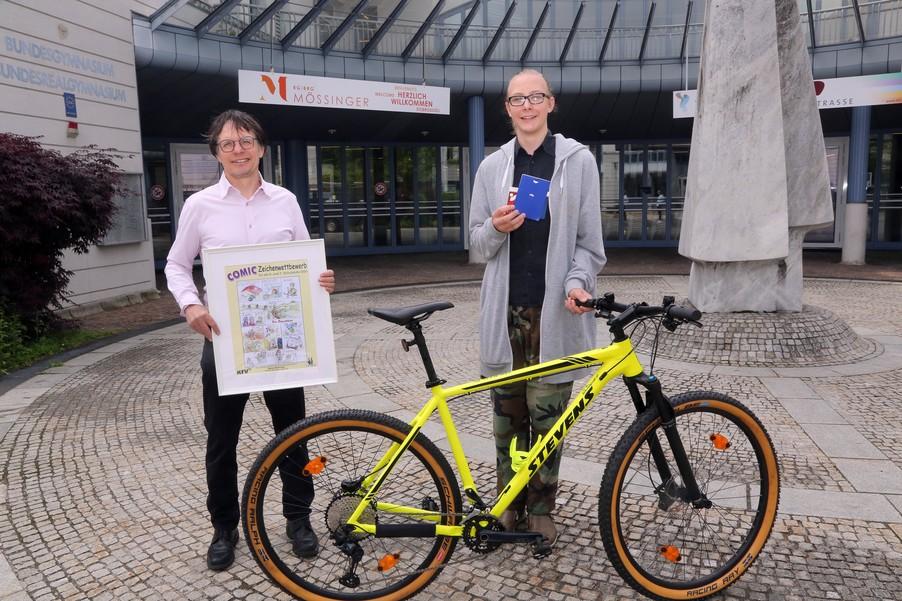 Bild 20   Schüler der BG BRG Mössinger gewinnt 1. Platz bei österreichweitem Zeichenwettbewerb