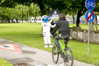 Bild 17 | Bregenz am 8.6.2021, APA KFV Kuratorium fuer Verkehrssicherheit, Event Nr. 0128.21, Gruppenfoto mit ...