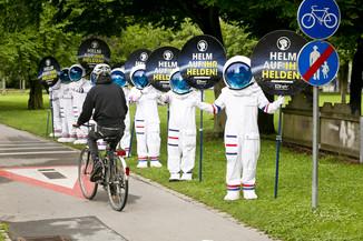Bild 18 | Bregenz am 8.6.2021, APA KFV Kuratorium fuer Verkehrssicherheit, Event Nr. 0128.21, Gruppenfoto mit ...