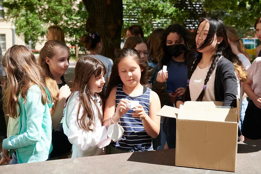 Bild 12 | 2 SchülerInnen der BRG 3 gewinnen bei Zeichenwettbewerb