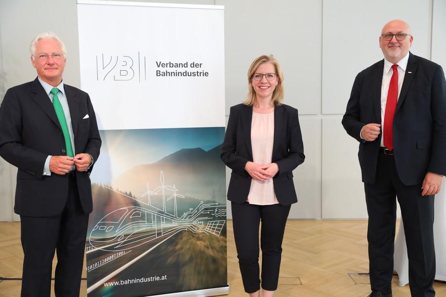 Bild 2   Jahrespressekonferenz Verband der Bahnindustrie