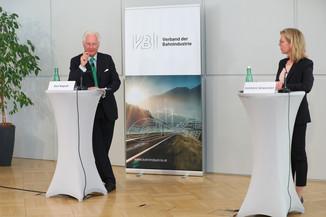 Bild 23   Jahrespressekonferenz Verband der Bahnindustrie