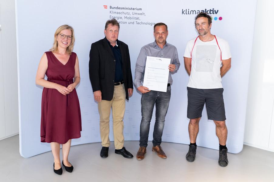 Bild 8   klimaaktiv Silber Auszeichnung für die Planung des Hauses der Vereine in Gamlitz