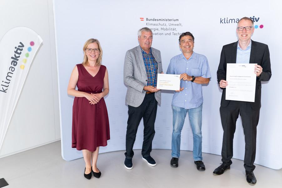 Bild 26   klimaaktiv Gold Auszeichnung für das Studierendenheim Mineroom in Leoben