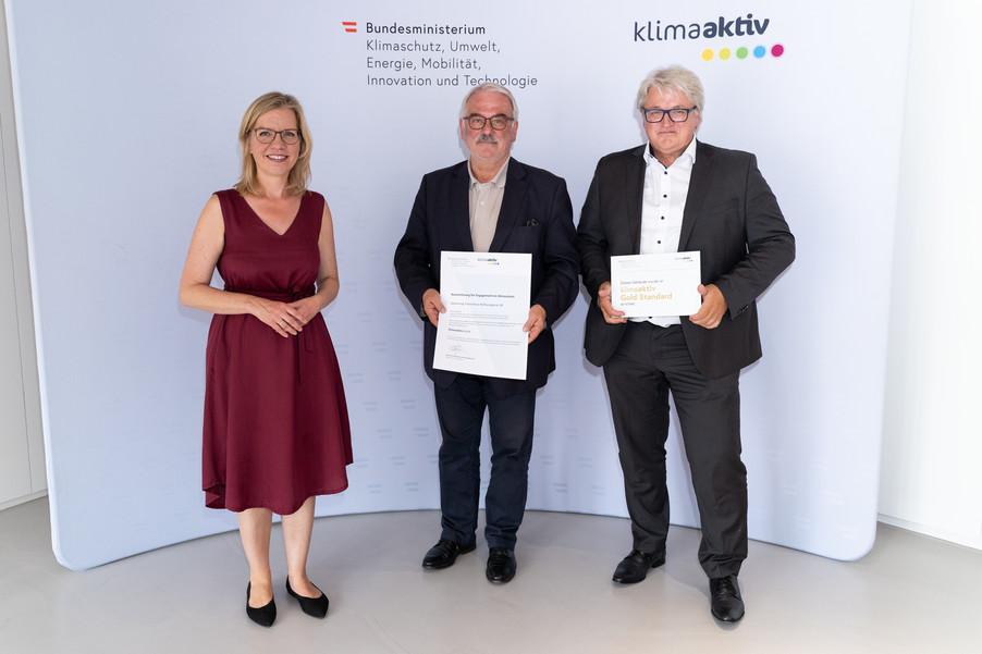 Bild 27   klimaaktiv Gold Auszeichnung für die Passivhaussanierung der Wohnanlage Rathausgasse in Gleisdorf