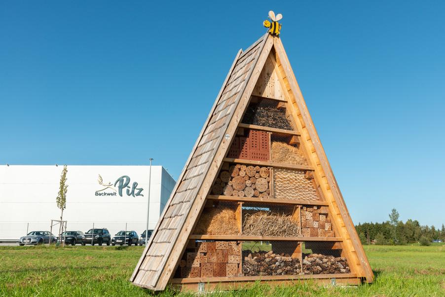 Bild 44 | LH Mikl-Leitner überzeugt sich vom Erfolg des Waldviertler Bäckereibetriebes