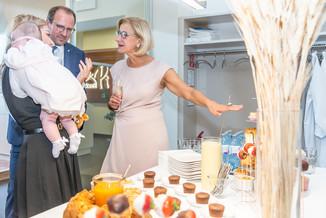 Bild 36 | LH Mikl-Leitner überzeugt sich vom Erfolg des Waldviertler Bäckereibetriebes