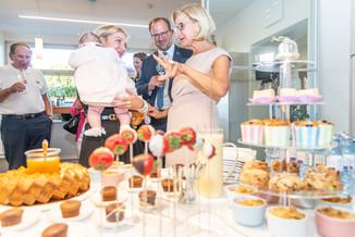 Bild 38 | LH Mikl-Leitner überzeugt sich vom Erfolg des Waldviertler Bäckereibetriebes