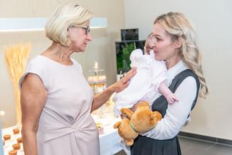 Bild 42 | LH Mikl-Leitner überzeugt sich vom Erfolg des Waldviertler Bäckereibetriebes